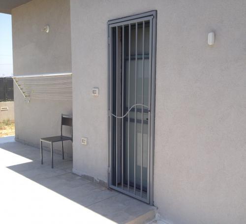 דלת סורג מנעול חבוי: תמונה מס' 5 קטגוריה:A