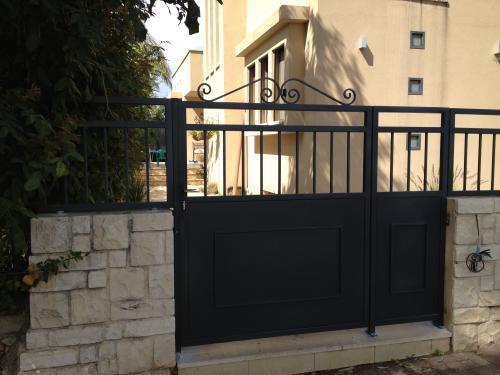שערים וגדרות: תמונה מס' 116