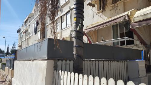 גדר פח חלק: תמונה מס' 190