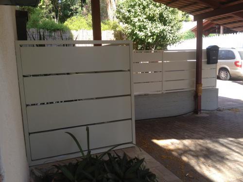 שערים וגדרות הייטק: תמונה מס' 136