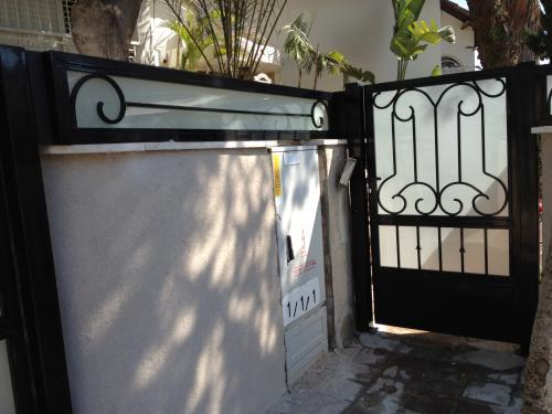 גדר מעוצבת וזכוכית: תמונה מס' 78