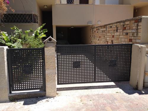 שערים מפח מחורר: תמונה מס' 67