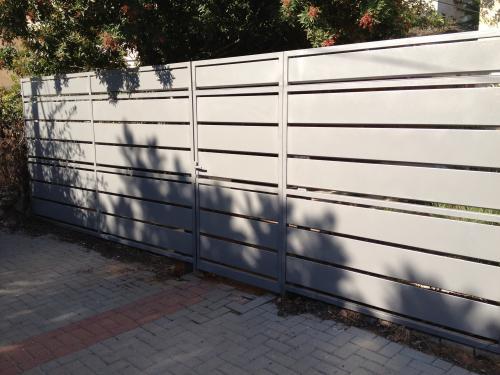 שערים וגדרות: תמונה מס' 48